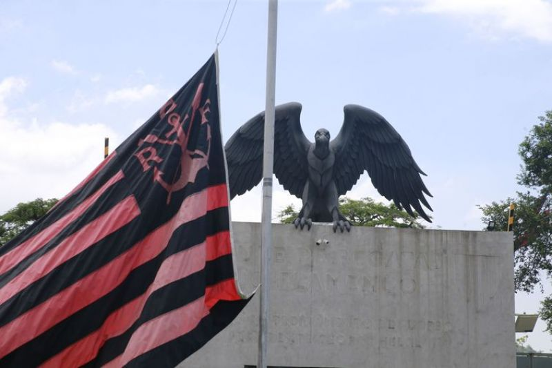 Flamengo pagou apenas 10 de 31 multas cobradas por prefeitura do Rio