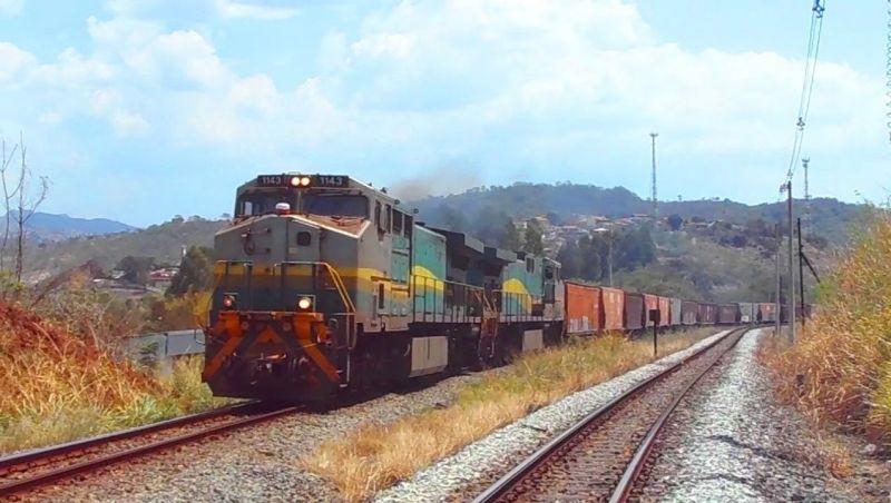 Governo quer dobrar transporte de carga por ferrovias, diz ministro