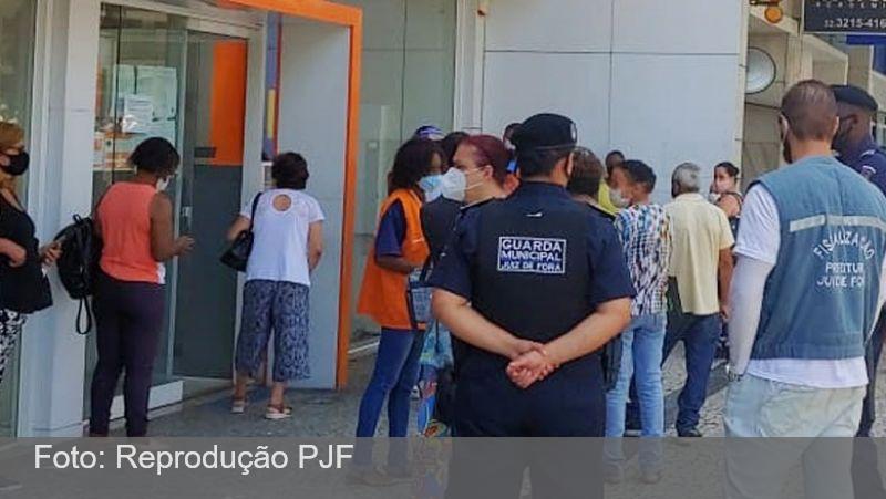 JF: Agências bancárias poderão ser multadas em mais de R$ 50 mil se descumprirem lei