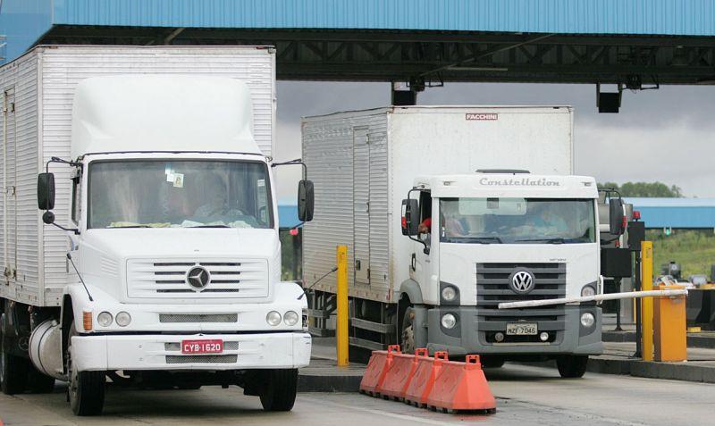 Comissão aprova MP sobre isenção de pedágio para caminhões sem carga