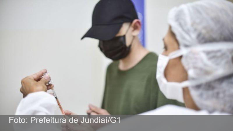 O que dizem estudos e a OMS, e quais países vacinam adolescentes