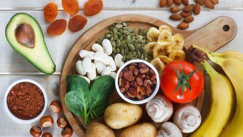 Conheça 10 alimentos ricos em potássio para incluir em sua dieta