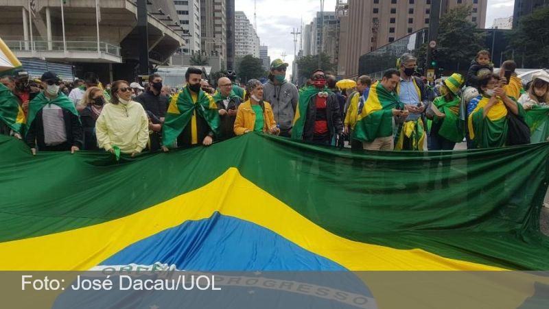 Após atos no RJ e no DF, Bolsonaro volta a defender voto impresso em SP