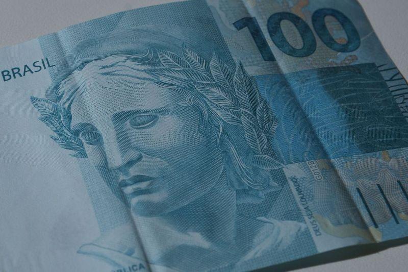 Bolsonaro sanciona lei de criação da Empresa Simples de Crédito