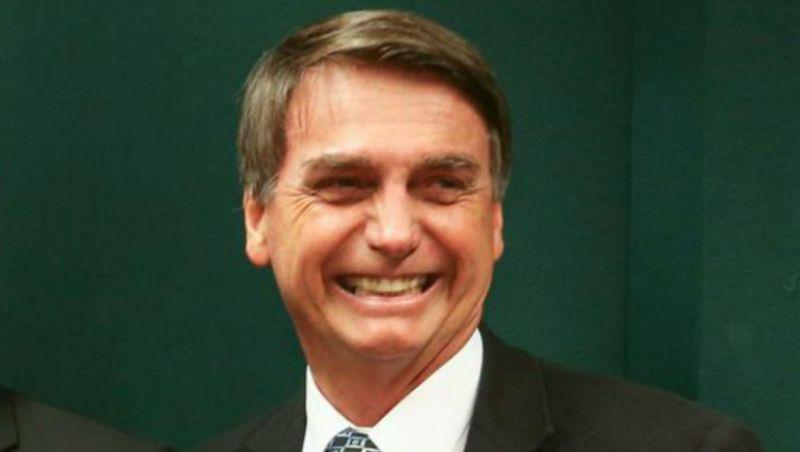 TSE arquiva ação em que PT pedia inelegibilidade de Bolsonaro