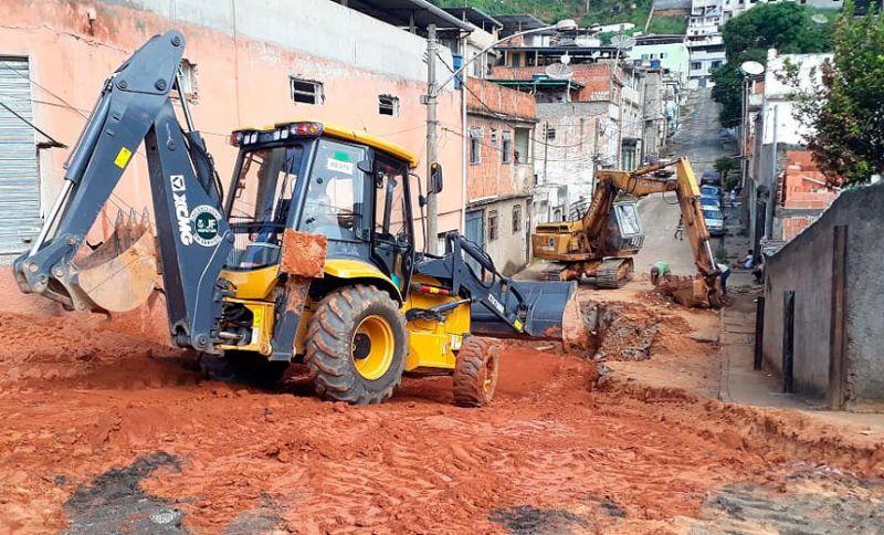 Secretaria de Obras realiza manutenção em redes de duas regiões de JF