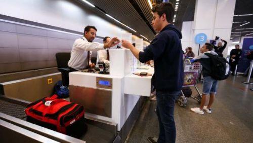 Senacon investigará aéreas por dizer que bagagem cobrada baratearia passagens