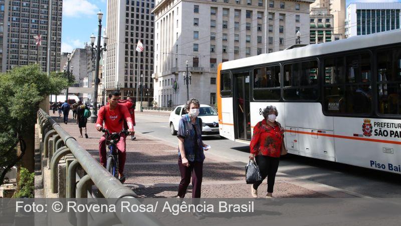 São Paulo contabiliza 290 mortes por coronavírus em 24 horas