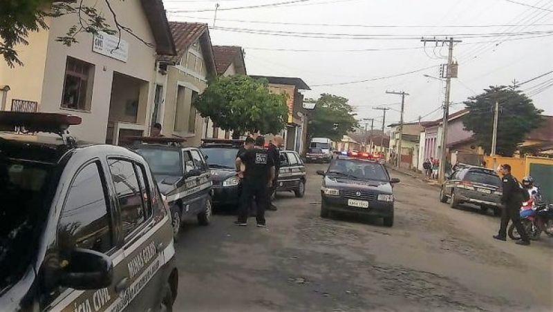 Operação da Polícia Civil prende suspeitos em São João Nepomuceno e Rio Novo