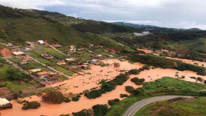 MG: Bombeiros encontram mais três soterrados em Santa Maria de Itabira