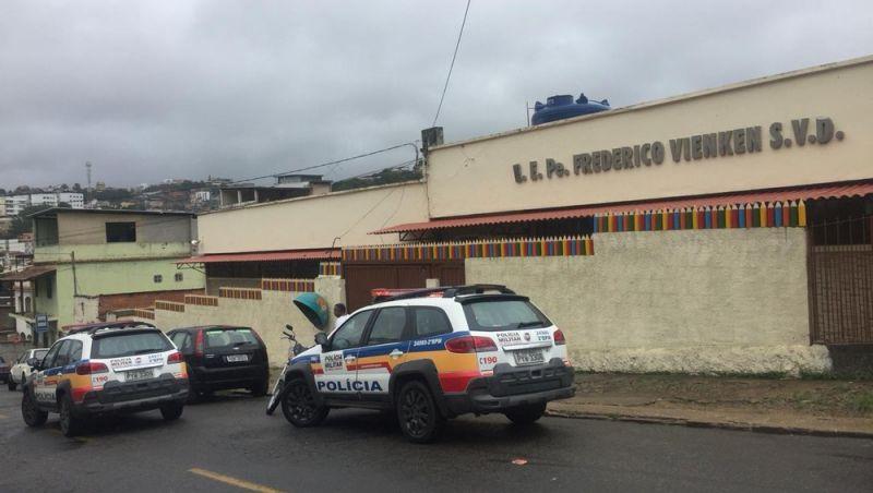 Professora é agredida por mãe de aluno dentro de escola estadual em Juiz de Fora