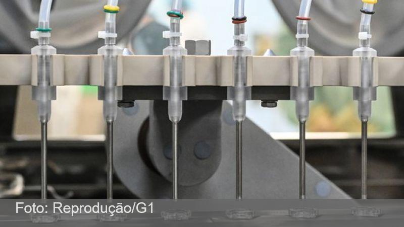 Aplicação de meia dose da vacina de Oxford foi 'casualidade', diz empresa