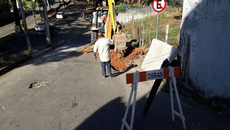 JF: Redes de drenagem nos bairros Teixeiras e Jóquei Clube passam por manutenção