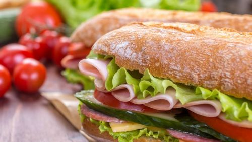 Deputado quer elevar sanduíche a patrimônio cultural