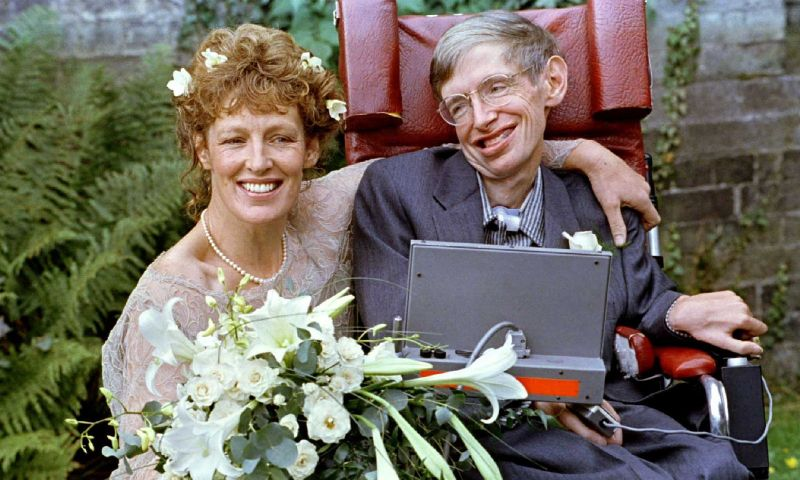 Veja fotos da carreira e vida do físico britânico Stephen Hawking