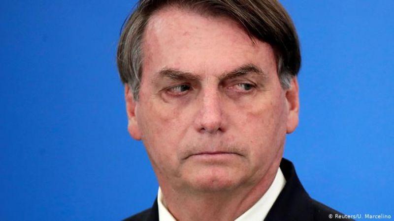 Bolsonaro volta a passear pelo comércio em meio à pandemia