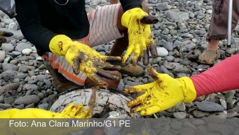 Mutirão recolhe 500 kg de fragmentos de óleo e lixo em Fernando de Noronha