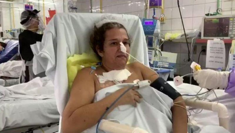 Após um mês internada e 2 paradas cardíacas, professora se cura da Covid-19