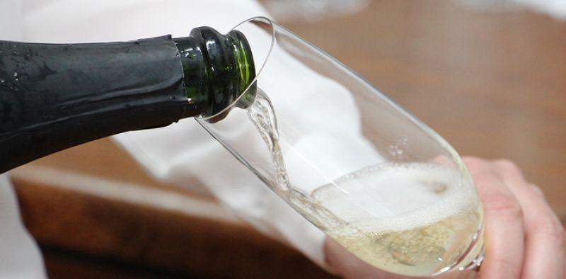 Vinhos e espumantes mineiros são opção para as festas
