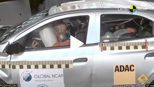 Carro mais vendido no país leva 0 em teste de segurança em batidas