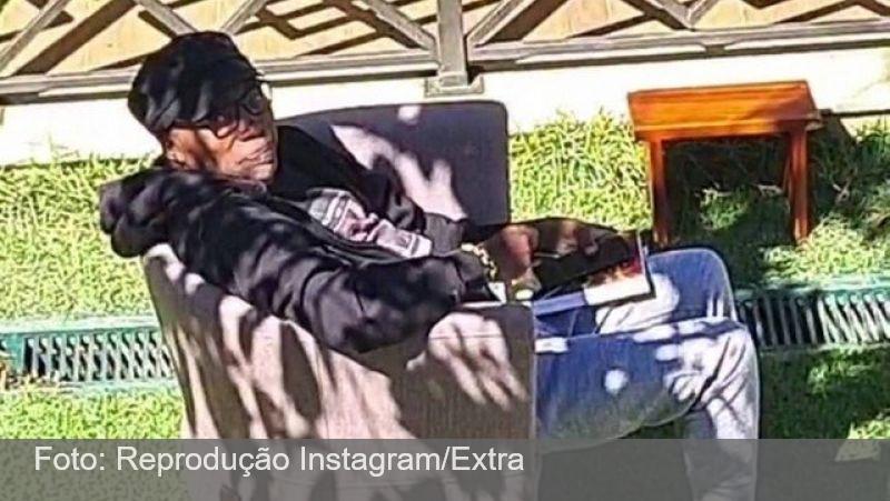 Filho mostra Milton Nascimento isolado em seu sítio em Minas Gerais; cantor prepara filme sobre sua vida