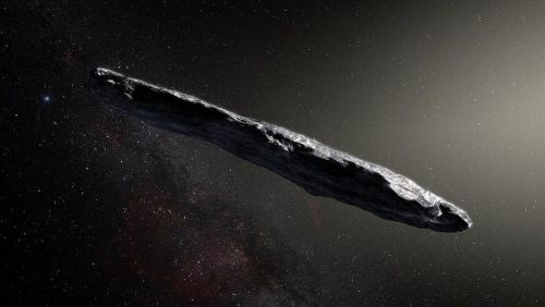 Misterioso objeto interestelar pode ter água embaixo de sua crosta, dizem cientistas