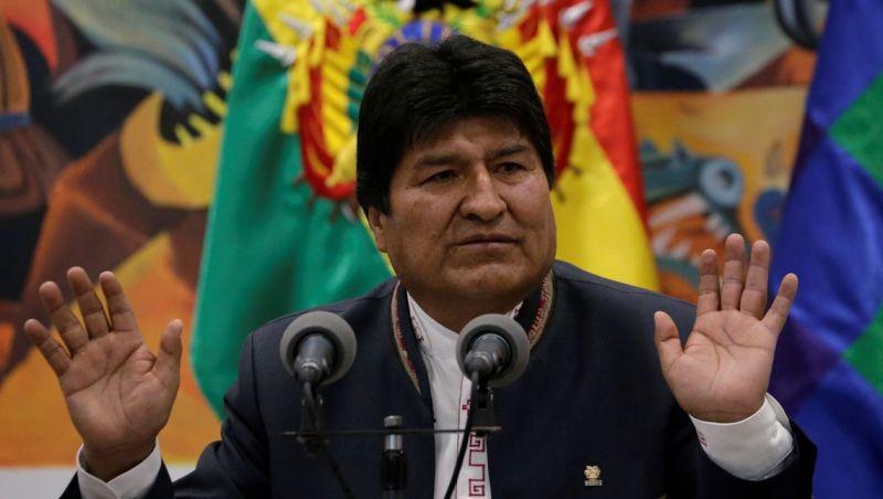 Após renúncia de Morales, Bolívia tem vazio de poder