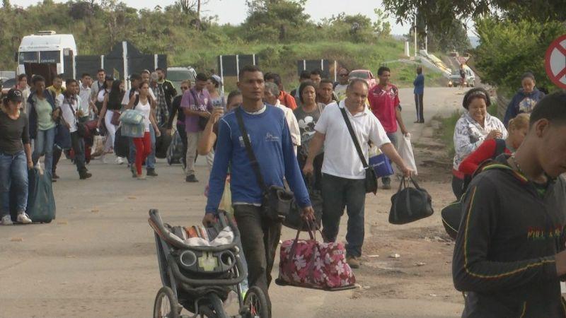 Governo vai empregar médicos venezuelanos para que atendam compatriotas