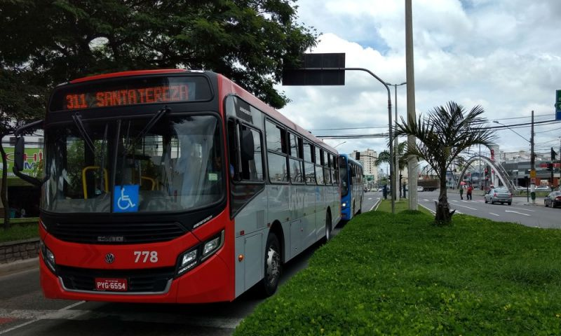 Projeto que proíbe dupla função de motoristas em ônibus urbanos é discutido em Juiz de Fora