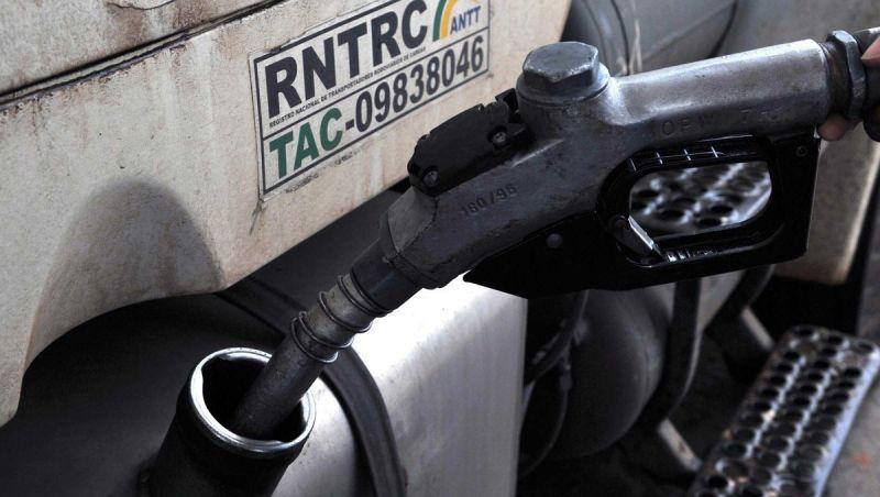 Governo vai manter subsídio de R$ 0,46 do diesel até o fim do ano