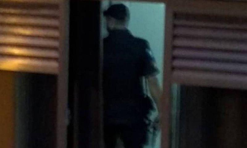 Homem faz duas mulheres reféns em condomínio em Niterói