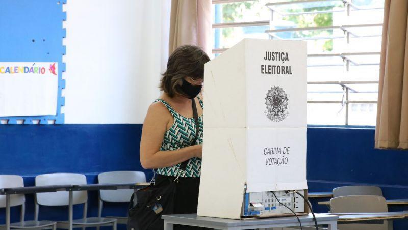Minas tem o prefeito mais velho e o Nordeste os mais novos do país