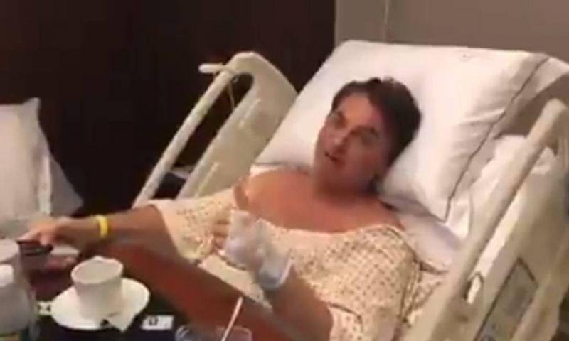 Bolsonaro não tem dor ou febre e faz fisioterapia, diz boletim médico