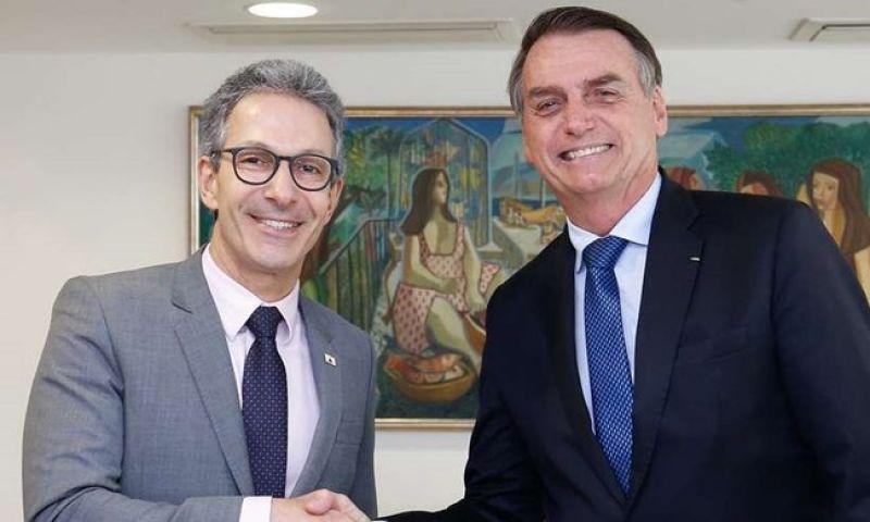 Zema lamenta Bolsonaro ter sido infectado pela covid-19, mas diz que presidente 'goza de boa saúde'