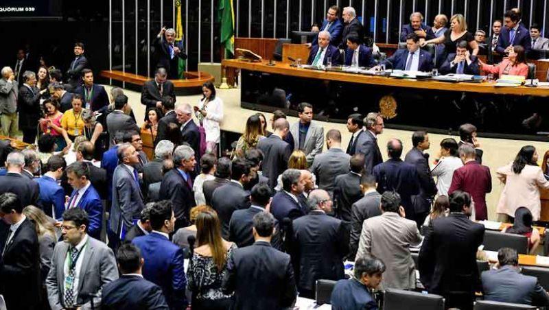 Governo Bolsonaro: previsão de gastos e receitas para 2020 será conhecida esta semana