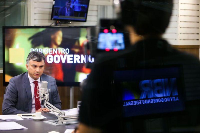 Ministro do Planejamento diz que estados não têm direito à DRU