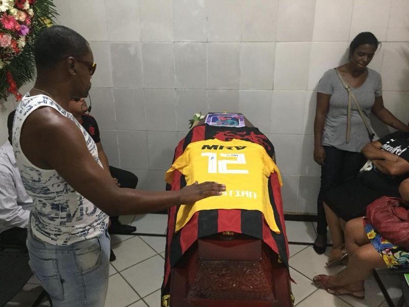 Oito corpos de jogadores já foram liberados pelo IML para sepultamento