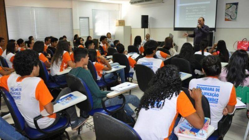Só 22% das oportunidades para jovem aprendiz são preenchidas em MG