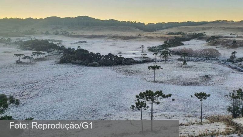 Onda de frio 'histórica' promete neve no Sul e chegar até a linha do Equador