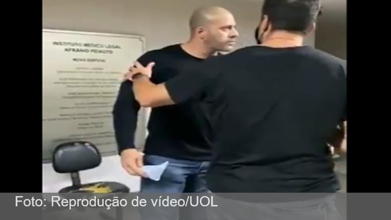 Moraes autoriza inquérito para investigar se Daniel Silveira desacatou policial