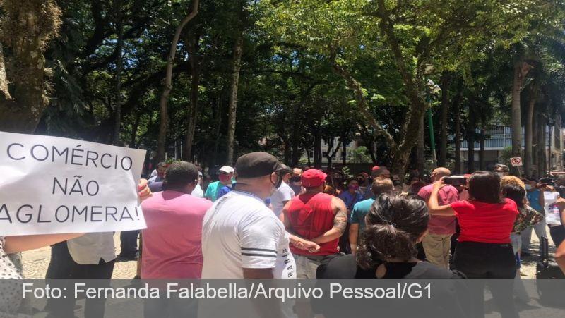 Covid-19: comerciantes protestam pela reabertura do setor em Juiz de Fora