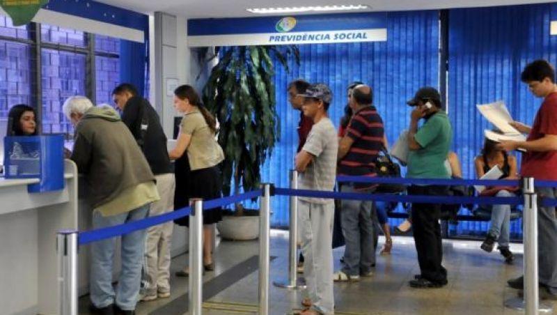 Convocados pelo INSS tem até amanhã para agendar perícia de revisão do benefício
