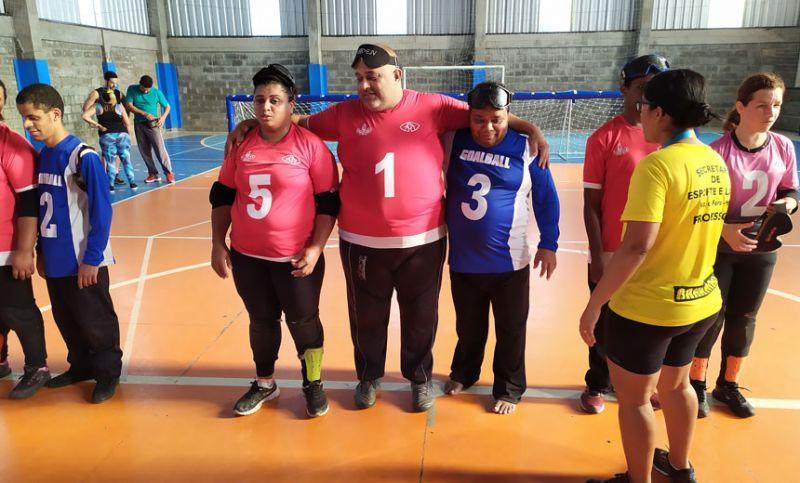 """""""Semana Paralímpica"""" - Golbol lota arquibancada no ginásio da SEL em JF"""
