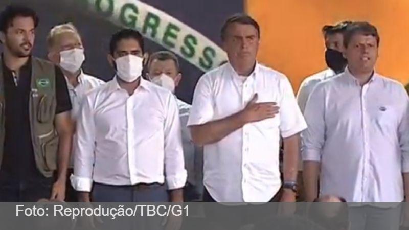 'Chega de frescura, de mimimi. Vão ficar chorando até quando?', diz Bolsonaro ao criticar medidas de restrição em meio a recorde de mortes por Covid-19