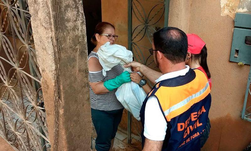 """""""Corrente do Bem"""": campanha supera expectativas, e vítimas da chuva começam a receber doações em Juiz de Fora"""