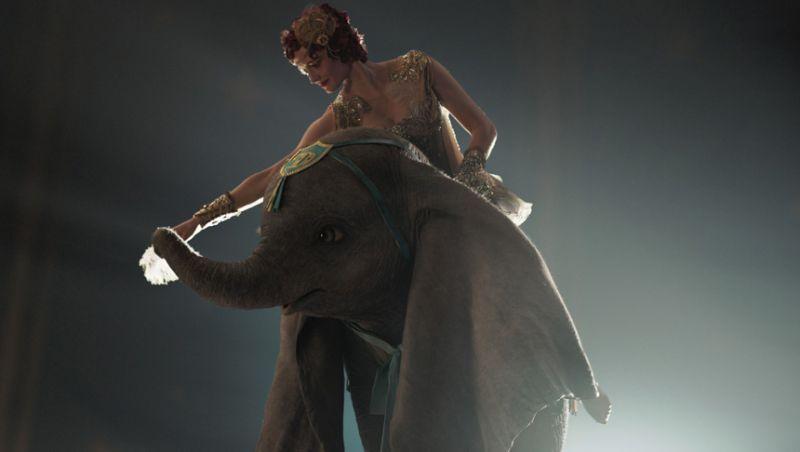 """""""Dumbo – O Filme"""" tem exibição gratuita neste sábado na Praça CEU"""
