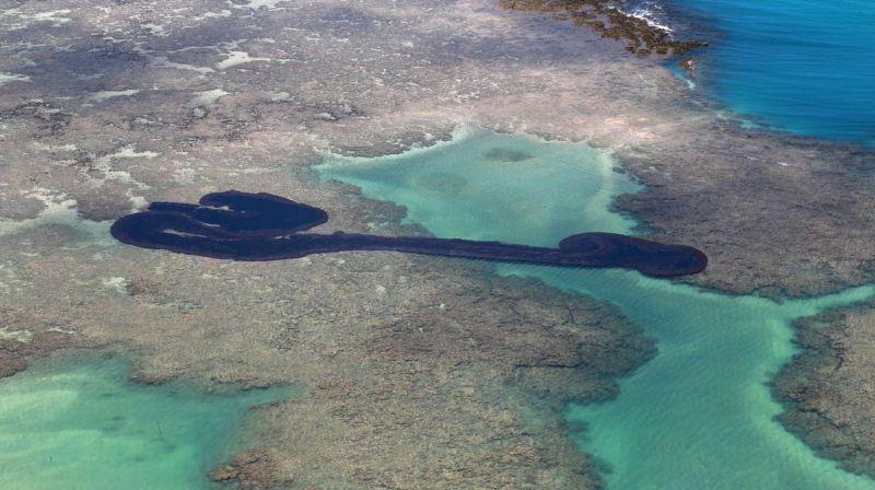 MP cria auxílio emergencial a pescadores afetados por manchas de óleo
