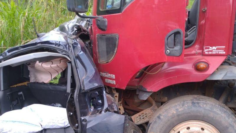 Homem morre após acidente na BR-116 entre Além Paraíba e Leopoldina
