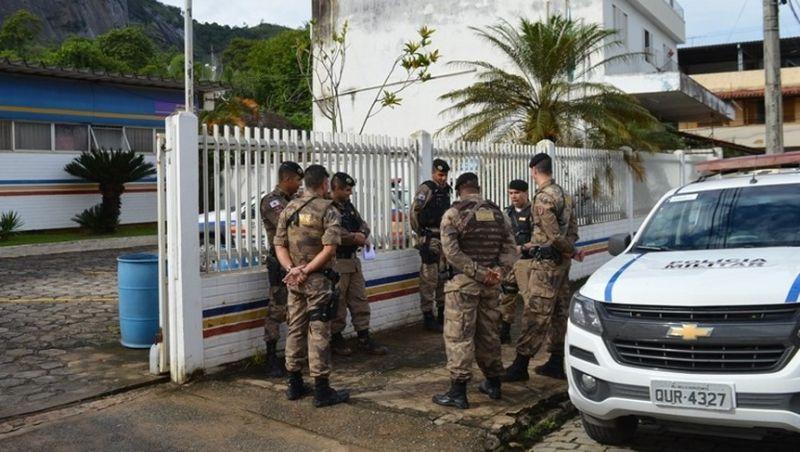 PM apreende armas e drogas durante operação em cidades da Zona da Mata