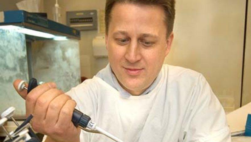 Testes da vacina contra Alzheimer em humanos começam em 2 anos